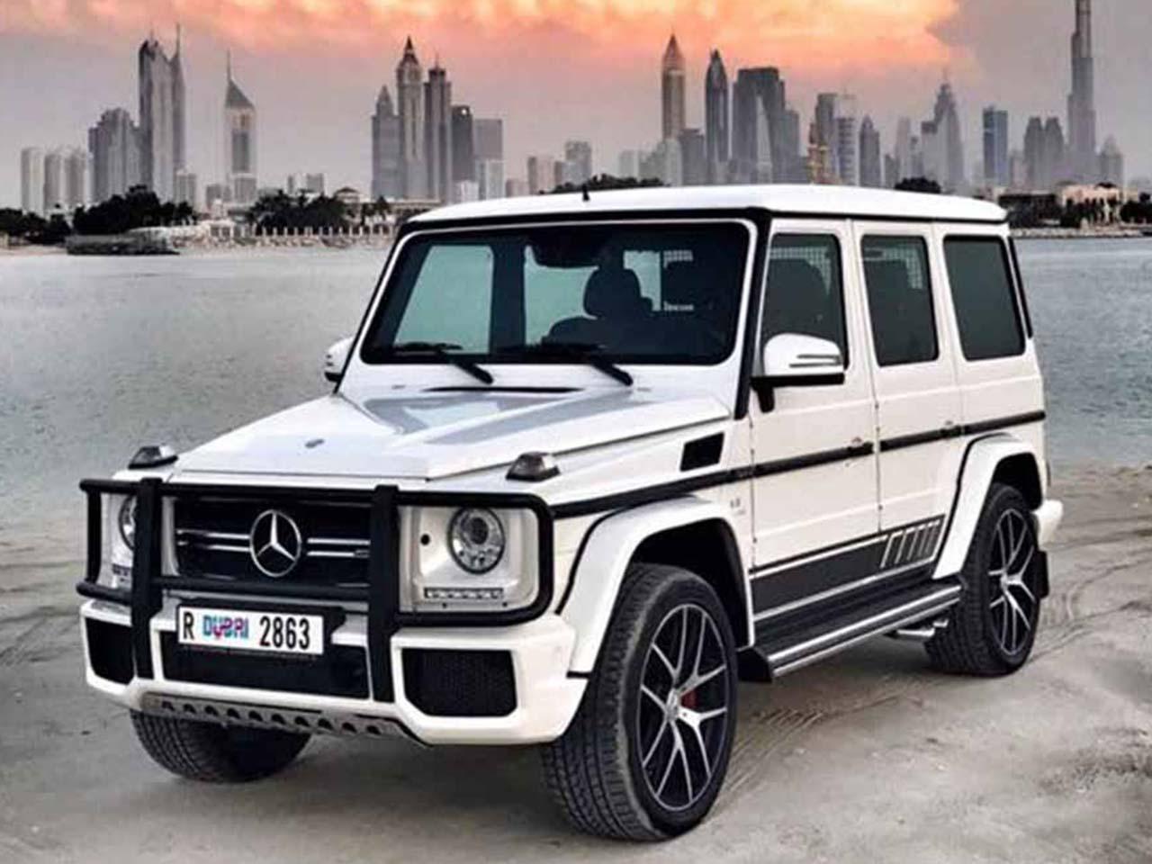 Rent-a-Mercedes-G-Class-G63-2017-in-Dubai