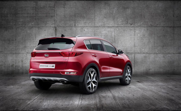 Rent-a-KIA-Sportage-in-Dubai
