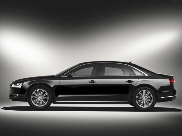 Rent-A-Car-Dubai-Audi-A8-6