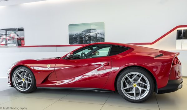 Rent-Ferrari-Superfast-812-in-Dubai-3