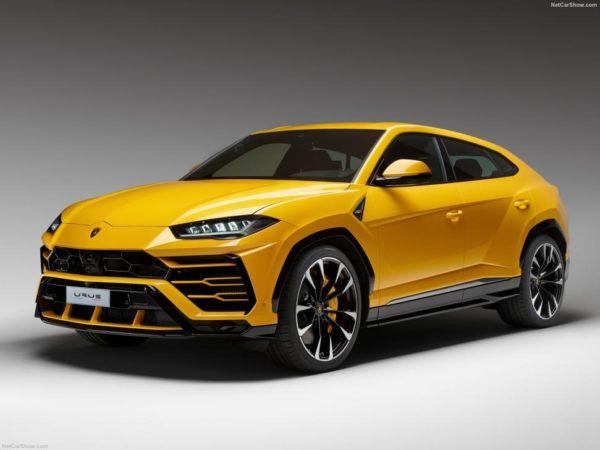 Rent-Lamborghini-URUS-Dubai-orange-2