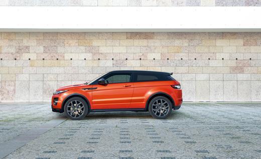 Rent-Range-Rover-Convertible-Evoque-in-Dubai-2