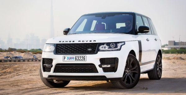 Rent-Range-Rover-Vogue-2017-in-Dubai-2