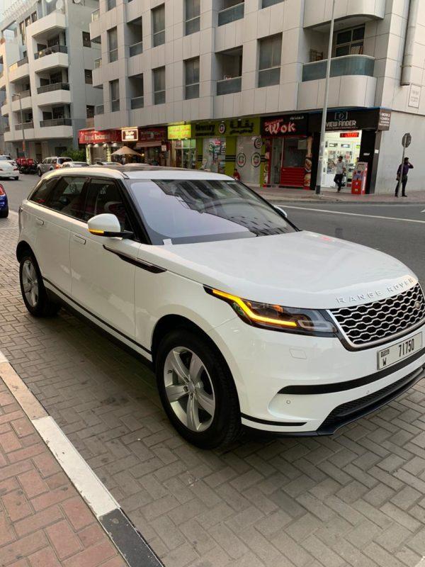 Rent_a_Range_Rover_Velar_in_Dubai_01