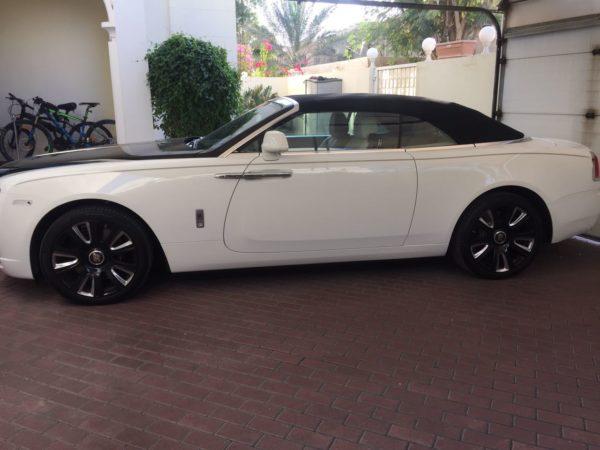 Rent_a_Rolls_Royce_Dawn_in_Dubai_05