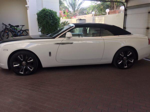 Rent_a_Rolls_Royce_Dawn_in_Dubai_07