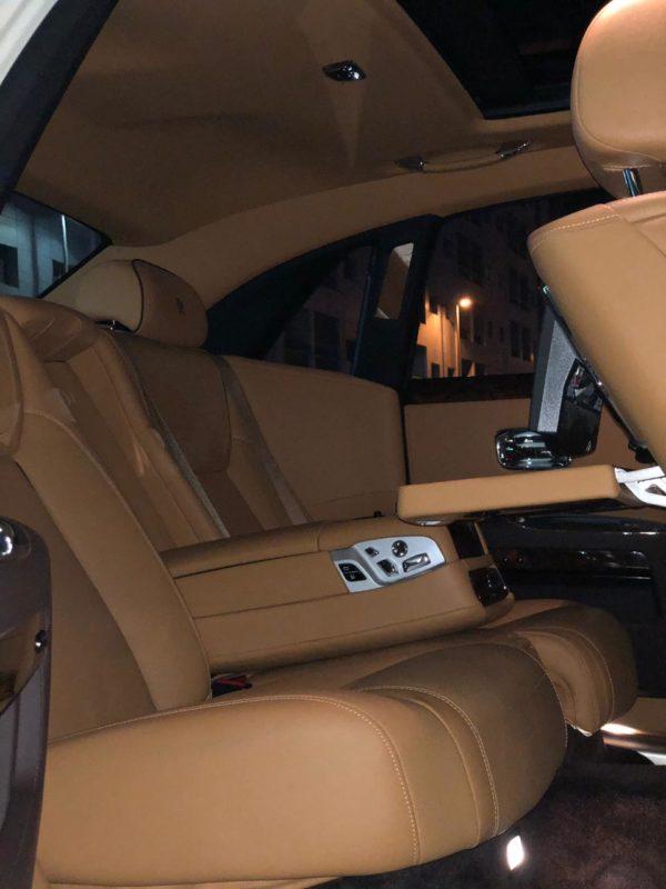 Rent_a_Rolls_Royce_Ghost_in_Dubai_07