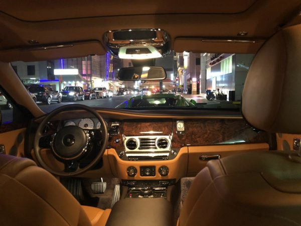Rent_a_Rolls_Royce_Ghost_in_Dubai_10
