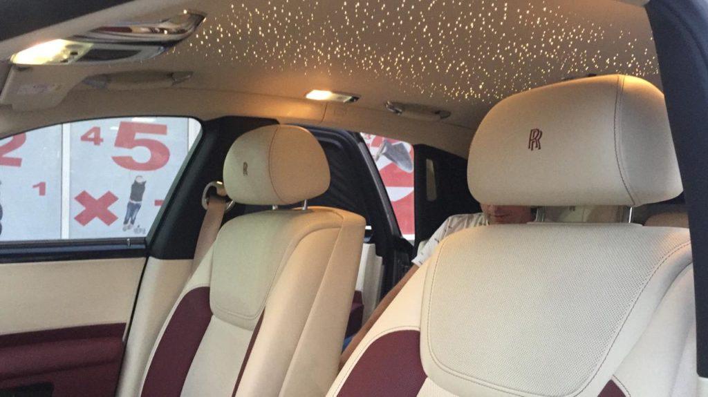Rent_a_Rolls_Royce_Ghost_in_Dubai_12
