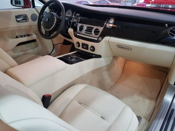 Rent_a_Rolls_Royce_Sport_Wraith_in_Dubai_07