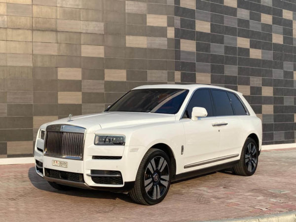 Rent Rolls Royce Cullinan in Dubai 07