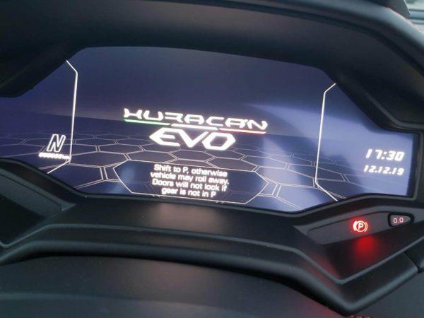 Lamborghini-Huracan-Evo-Convertible (16)